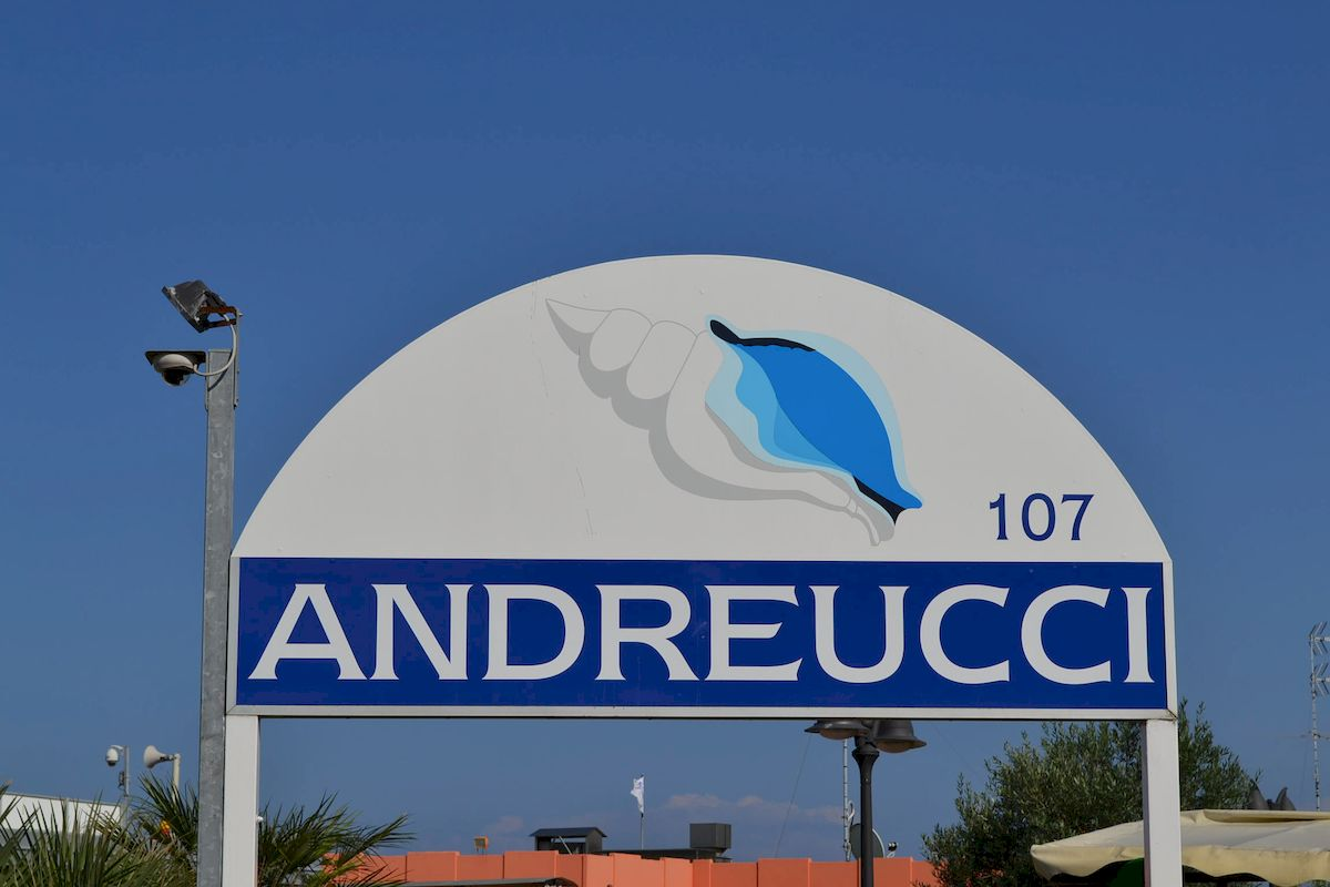 Cooperativa bagnini cervia 107 108 bagno andreucci - Bagno palm beach pinarella ...