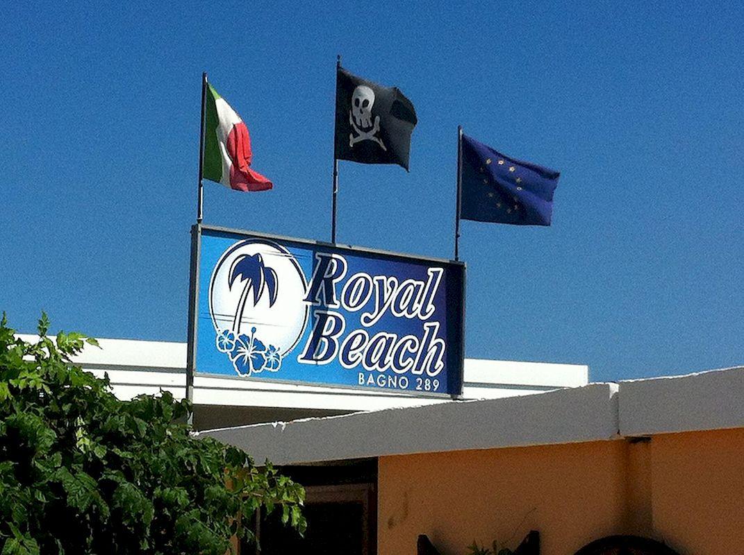 Cooperativa bagnini cervia 289 bagno royal beach - Bagno palm beach pinarella ...
