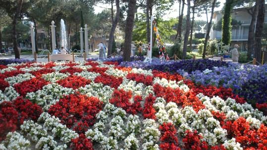 rotonda primo maggio_fiori