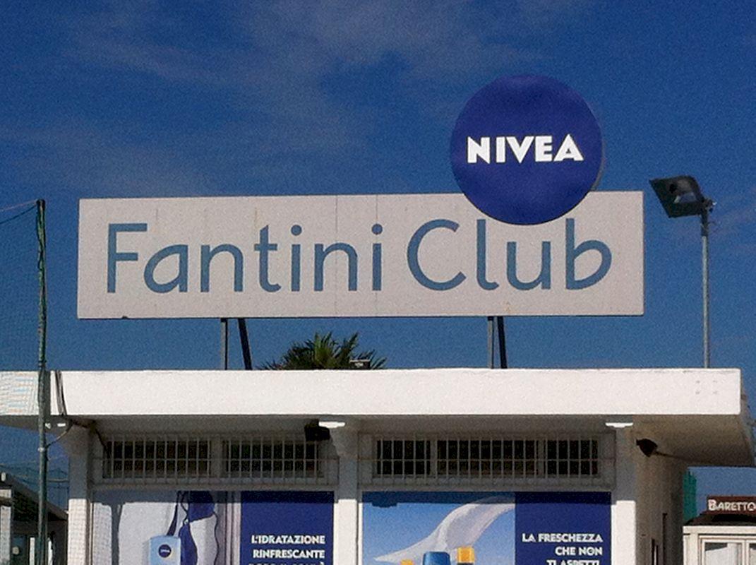 Cooperativa bagnini cervia 179 182 bagno fantini club for Bagno fantini